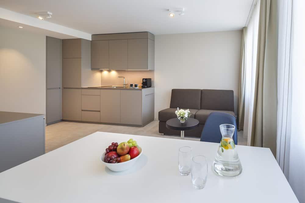 Business Plus Suite - Restauration dans la chambre