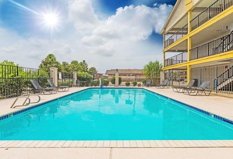FairBridge Inn Express Metairie, Metairie, Outdoor Pool