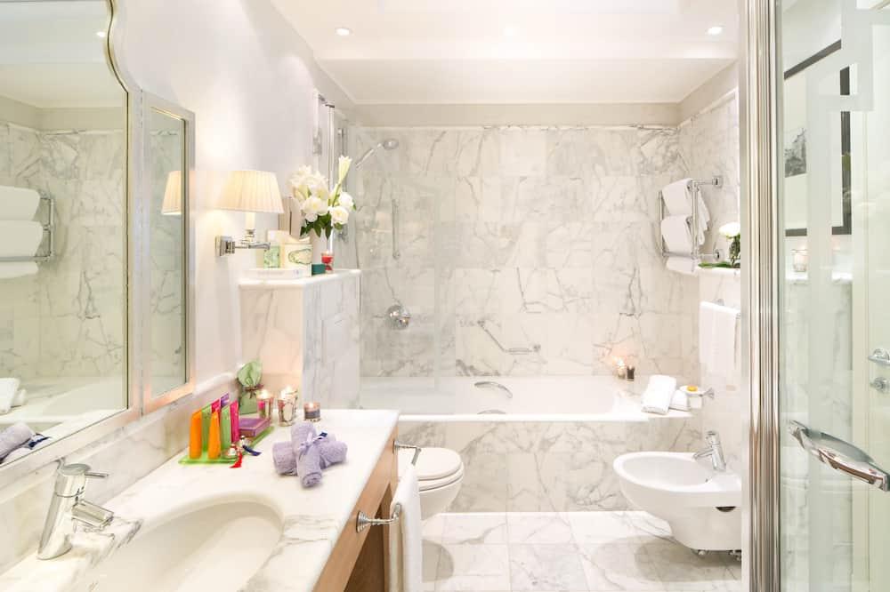 Junior Suite, View - Bathroom