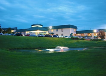 Picture of Lakeview Golf Resort & Spa in Morgantown