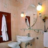 Standard Double or Twin Room, Hill View - Bathroom