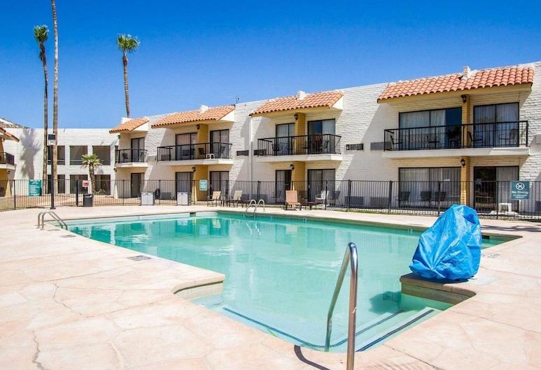 Quality Inn near Downtown Tucson, Tusonas, Baseinas