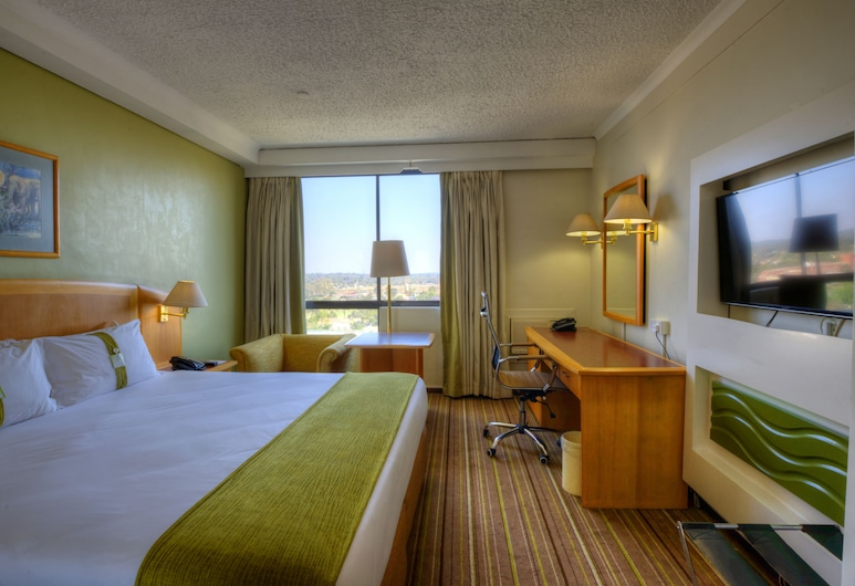 Holiday Inn Harare, Harare, Deluxe Room, Guest Room