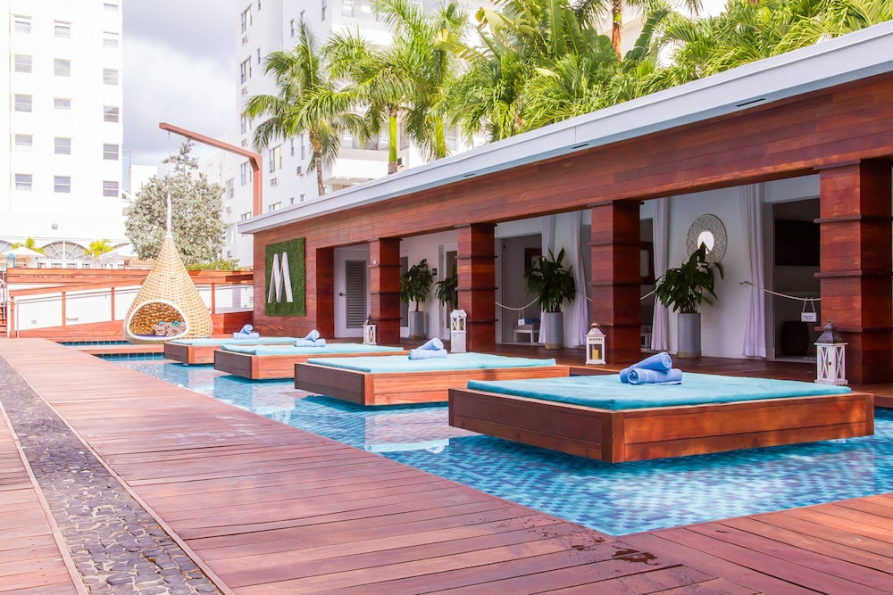 Marseilles Hotel, Miami Beach
