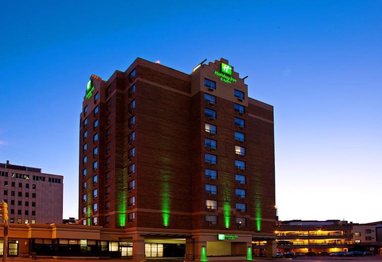 Holiday Inn and Suites Winnipeg Downtown, an IHG Hotel, Winnipeg