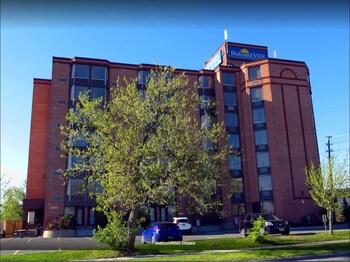 Picture of Welcominns Hotel Ottawa in Ottawa