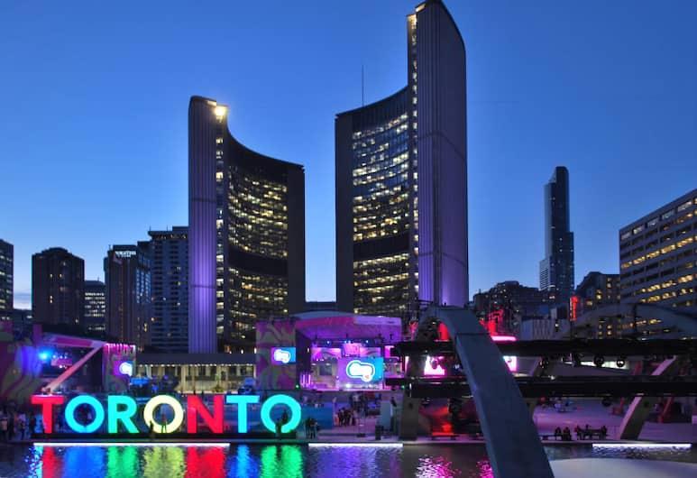 Holiday Inn Express Toronto - Downtown, Toronto, Fachada do hotel