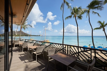 Picture of Outrigger Waikiki Beach Resort in Honolulu