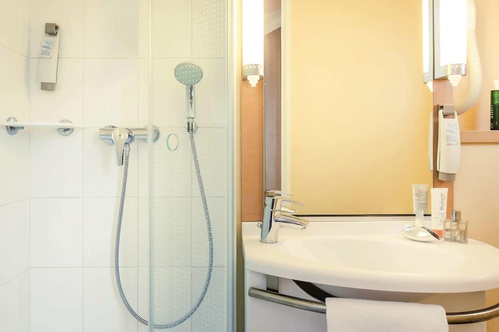 غرفة سوبيريور مزدوجة - سرير مزدوج - حمّام