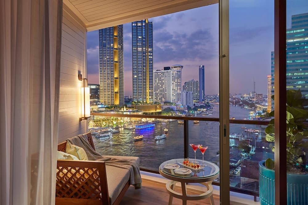 Deluxe Balcony Room King - Guest Room