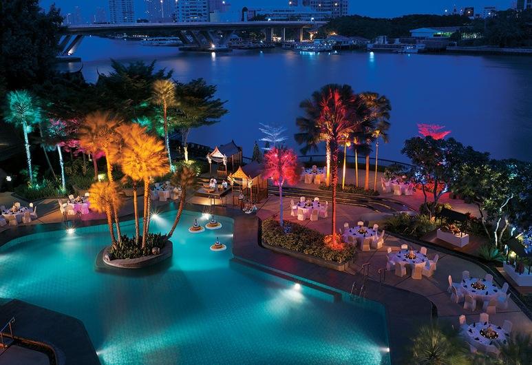 シャングリ・ラ ホテル バンコク, バンコク, プールサイド バー