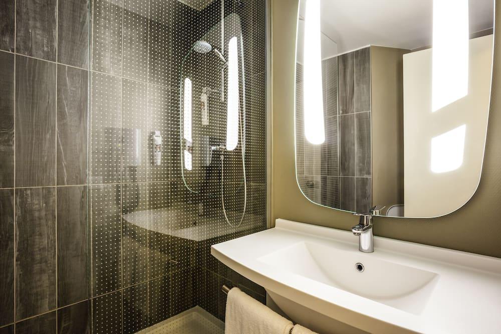 Habitación clásica doble, 1 cama doble - Cuarto de baño