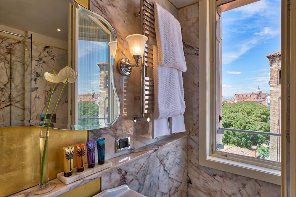 Chambre Classique, vue ville - Salle de bain