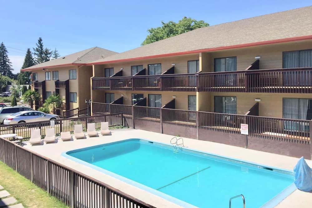 Habitación Deluxe, 1 cama de matrimonio grande, no fumadores, balcón - Piscina al aire libre