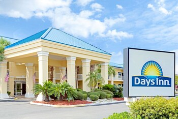 Picture of Days Inn by Wyndham Kingsland GA in Kingsland