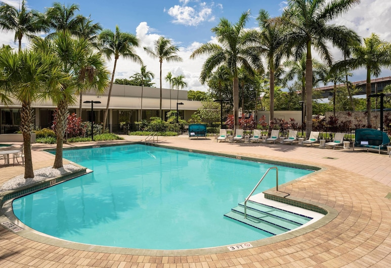 Courtyard by Marriott Miami Airport, Miami, Piscina all'aperto