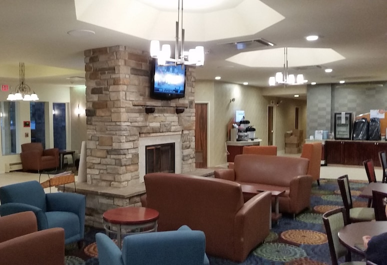 Holiday Inn Express Hotel & Suites Pittsburgh Airport, Pittsburgh, Lobby társalgó