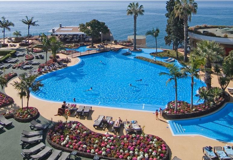 馬德拉帕斯塔海洋卡爾頓度假飯店, 芳夏爾, 游泳池