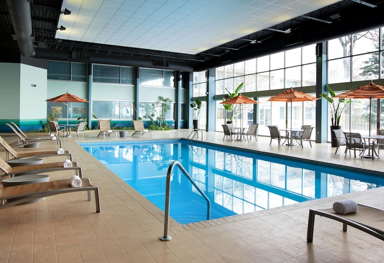 Sheraton Cleveland Airport Hotel, Cleveland, Indoor Pool
