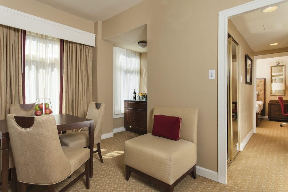 Superior-Suite, 1 Queen-Bett - Wohnbereich