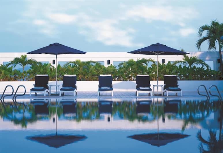 Hotel Jen Penang by Shangri-La, Džordž Taunas, Baseinas