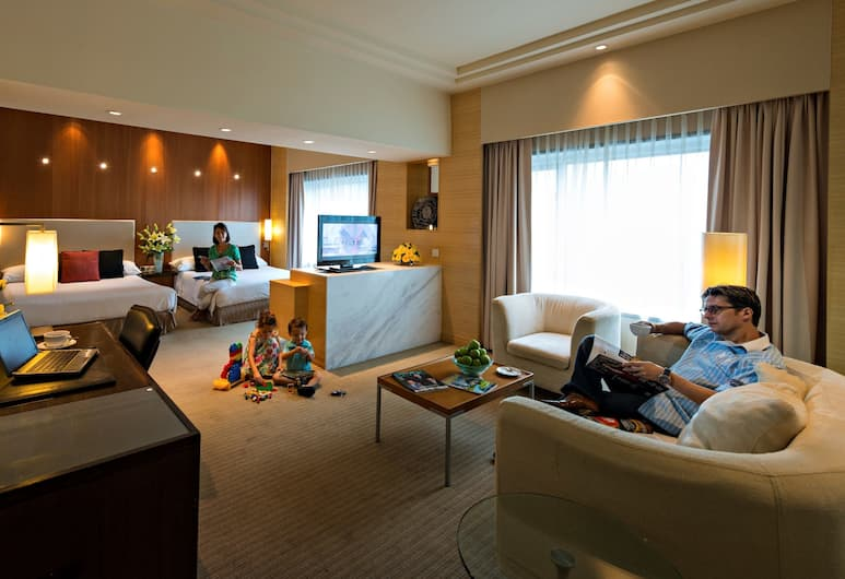 PARKROYAL Kuala Lumpur, Kuala Lumpur, Family Suite, 2 Queen Beds, Guest Room