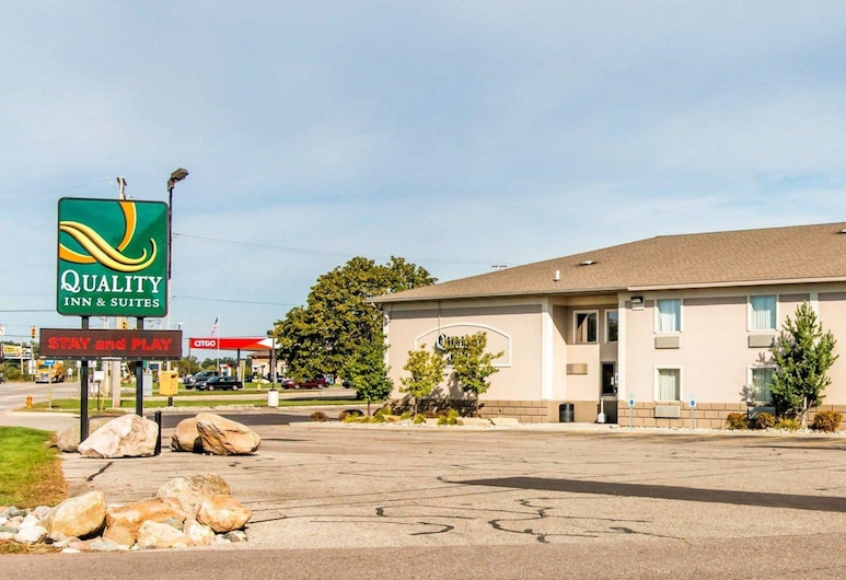 Quality Inn & Suites Next to the Casino, Battle Creek