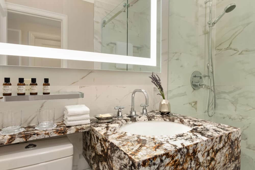 Fairmont Gold Suite, 1 King Bed - Bathroom