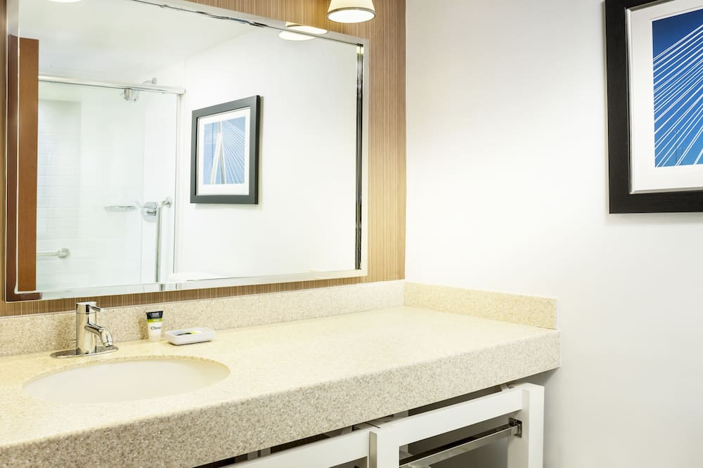 Deluxe Δωμάτιο, 1 King Κρεβάτι - Μπάνιο