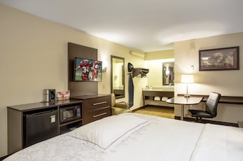Foto Red Roof Inn PLUS+ Baltimore - Washington DC/ BWI Airport di Linthicum Heights