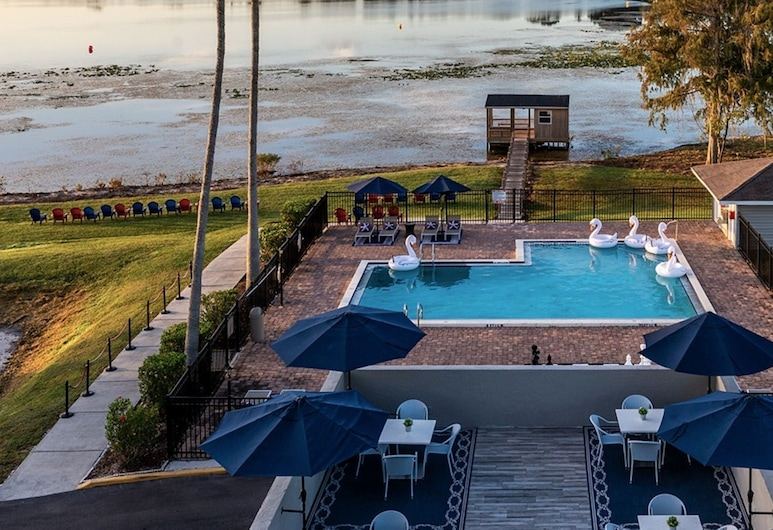 Palazzo Lakeside, Kissimmee, Basen odkryty