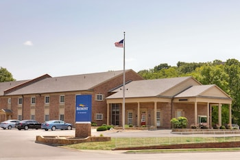 Picture of Baymont by Wyndham Kansas City in Kansas City