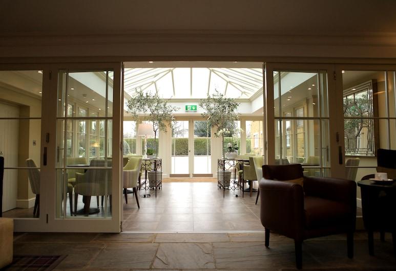 贝斯特韦斯特辛尼雀精选系列班伯里罗克斯顿屋酒店, Banbury, 门厅
