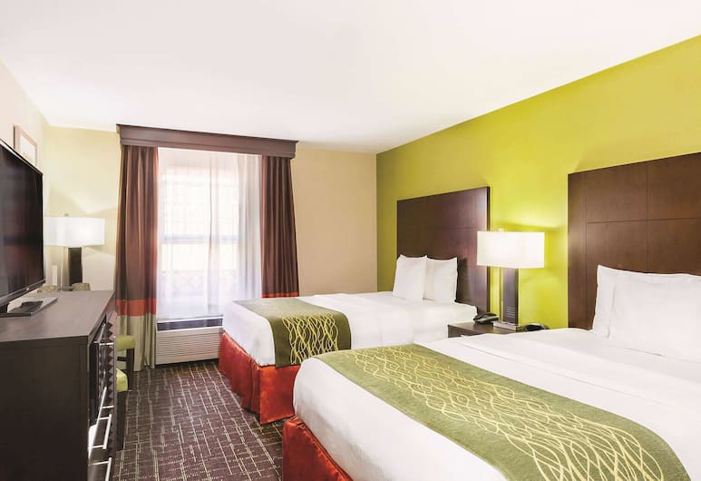 La Quinta Inn & Suites by Wyndham San Diego Old Town/Airport, San Diego, Room, 2 Queen Beds, Non Smoking, Guest Room