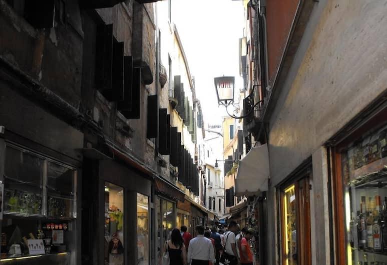 Hotel Montecarlo, Venedig, Classic dubbelrum, Utsikt mot gatan