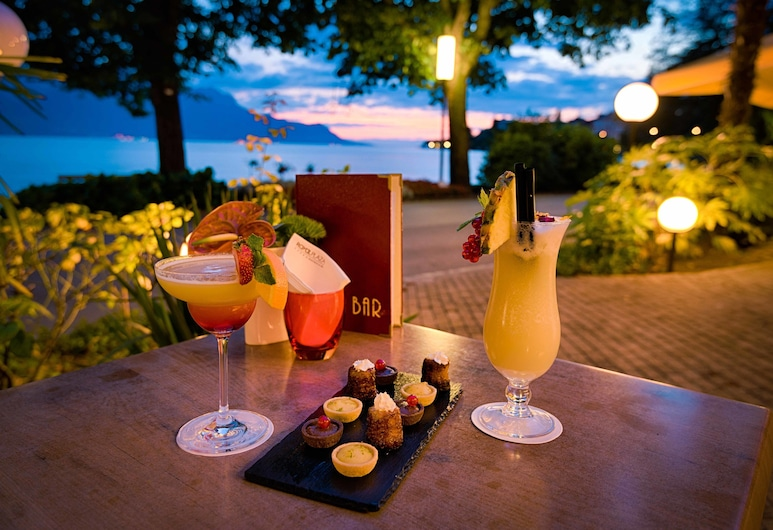 Villa Toscane, Montreux, Restaurang utomhus