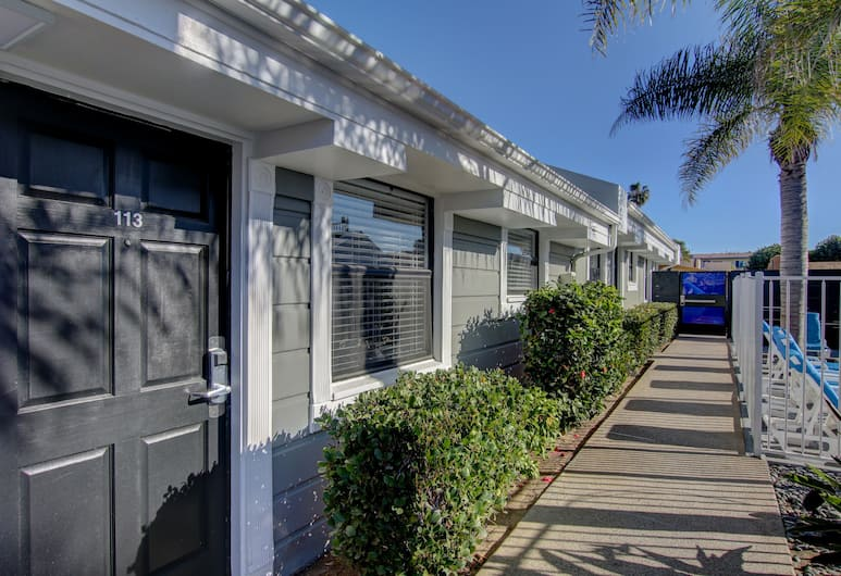 Beach Haven, San Diego, Hotel bejárata