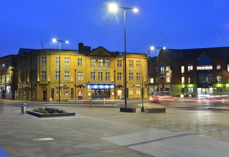 Royal Oxford Hotel, Oxford, Hotel Front – Evening/Night
