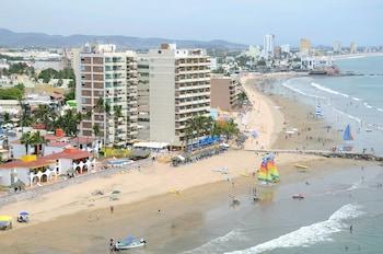 Foto van Las Flores Beach Resort in Mazatlan