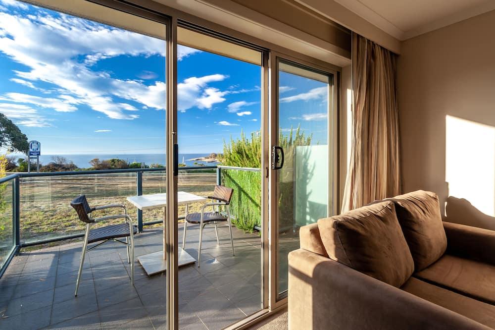 Seaview Room  - Living Area