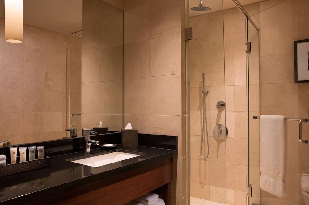 高級客房, 1 張特大雙人床, 邊間 - 浴室