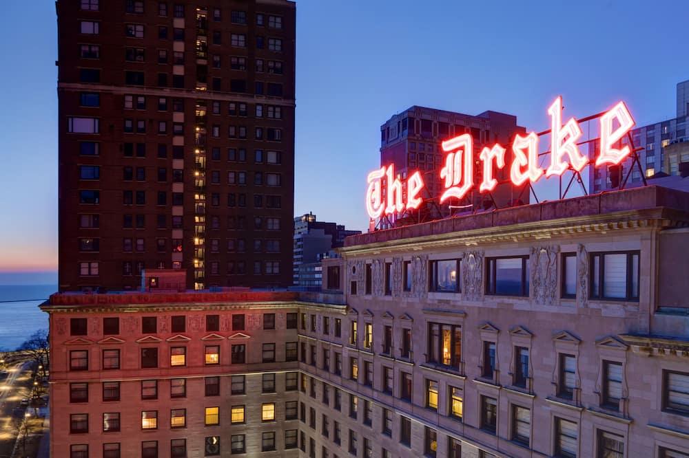 The Drake, Chicago