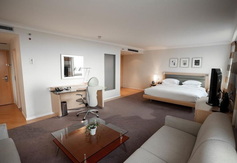 Hilton Düsseldorf, Düsseldorf, Suite junior, 1 cama King size, Habitación
