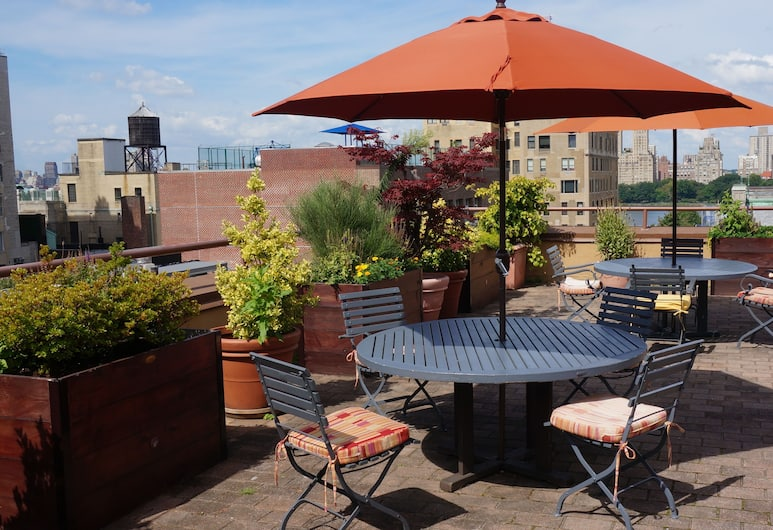 Hotel Wales, New York, Terrace/Patio