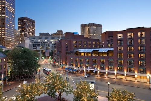 波士頓波士頓人酒店/