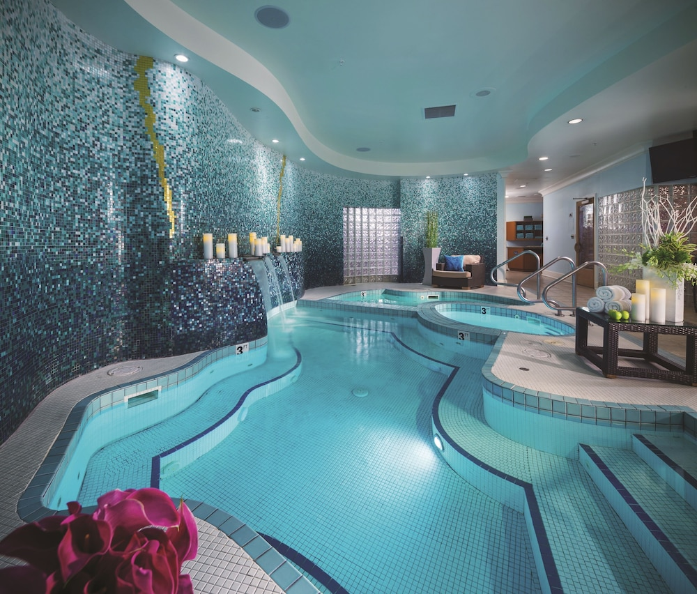 Hotels With Pools In The Room In The United States
