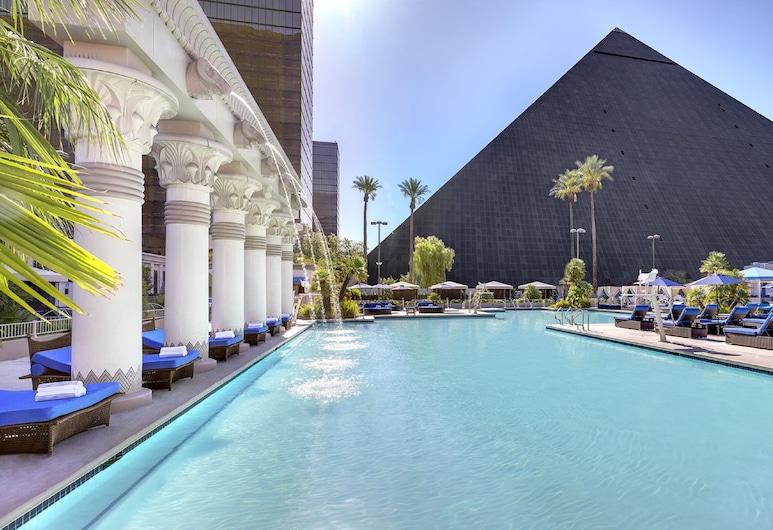 Luxor Hotel and Casino, Лас-Вегас, Басейн