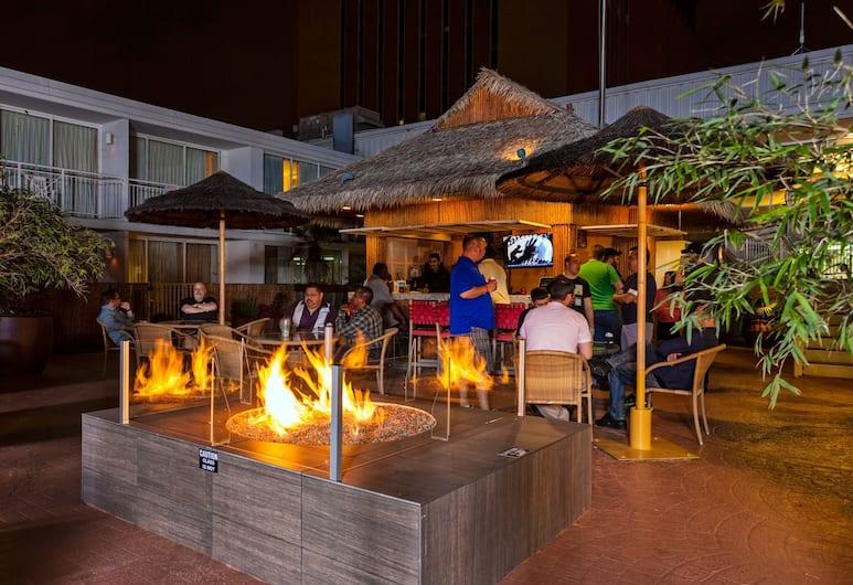 El Tropicano Riverwalk Hotel, San Antonio, Otel Barı