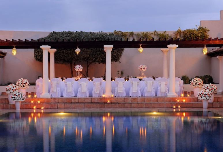 JW Marriott Hotel Dubai, Dubai, Outdoor Pool