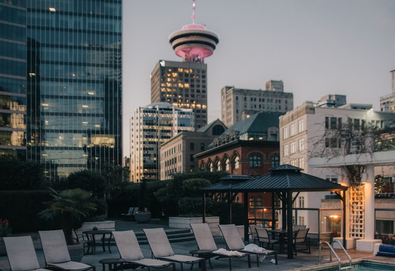 Fairmont Waterfront, Vancouver, Rooftop Pool